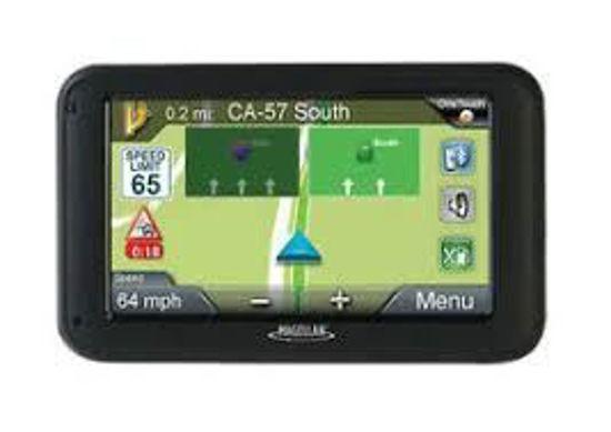 "Magellan 5255T-Lm 5.0"" Gps + Backup Cam W/Life.Maps+Traffic"